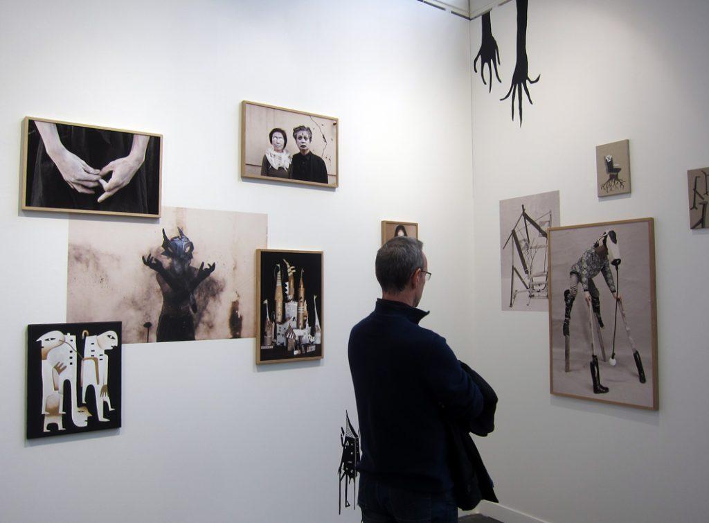 L'installation d'Augustin Rebetez sur le stand de la galerie Feldbush Wiesner Rudolph